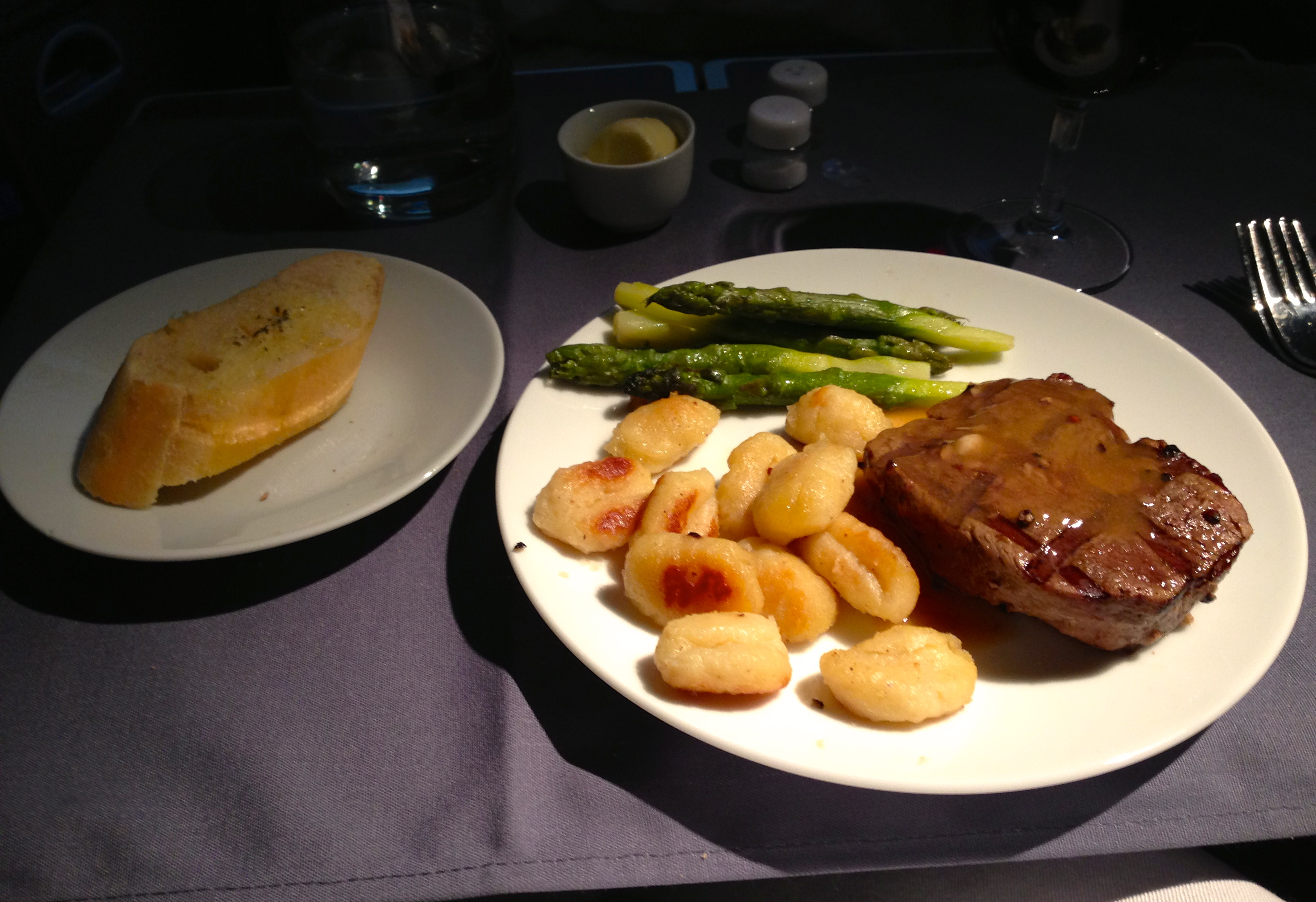 United First Class Main Course