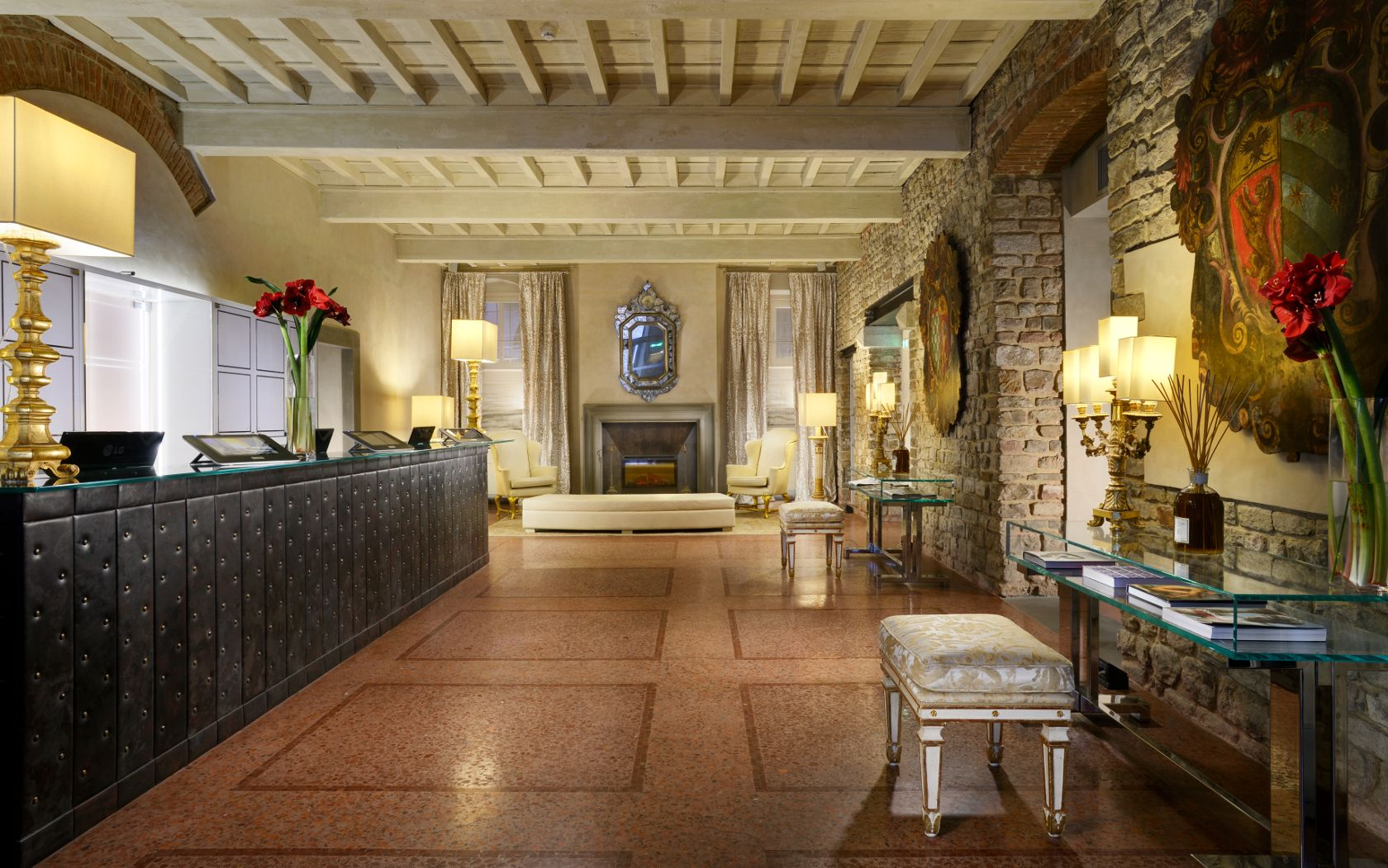 Italy from point a to for Hotel design florence