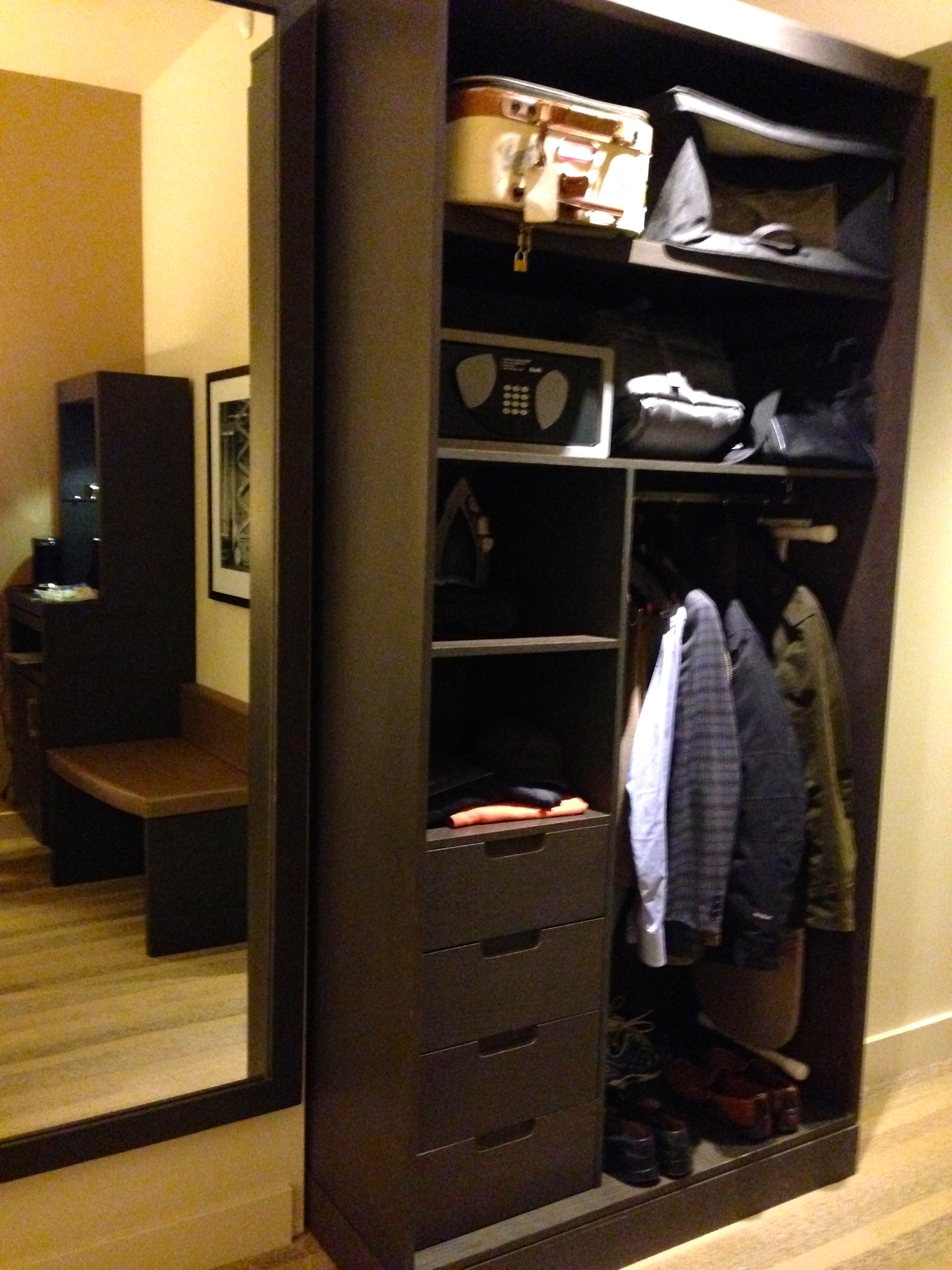Hyatt at Olive 8 Open Closet & Storage