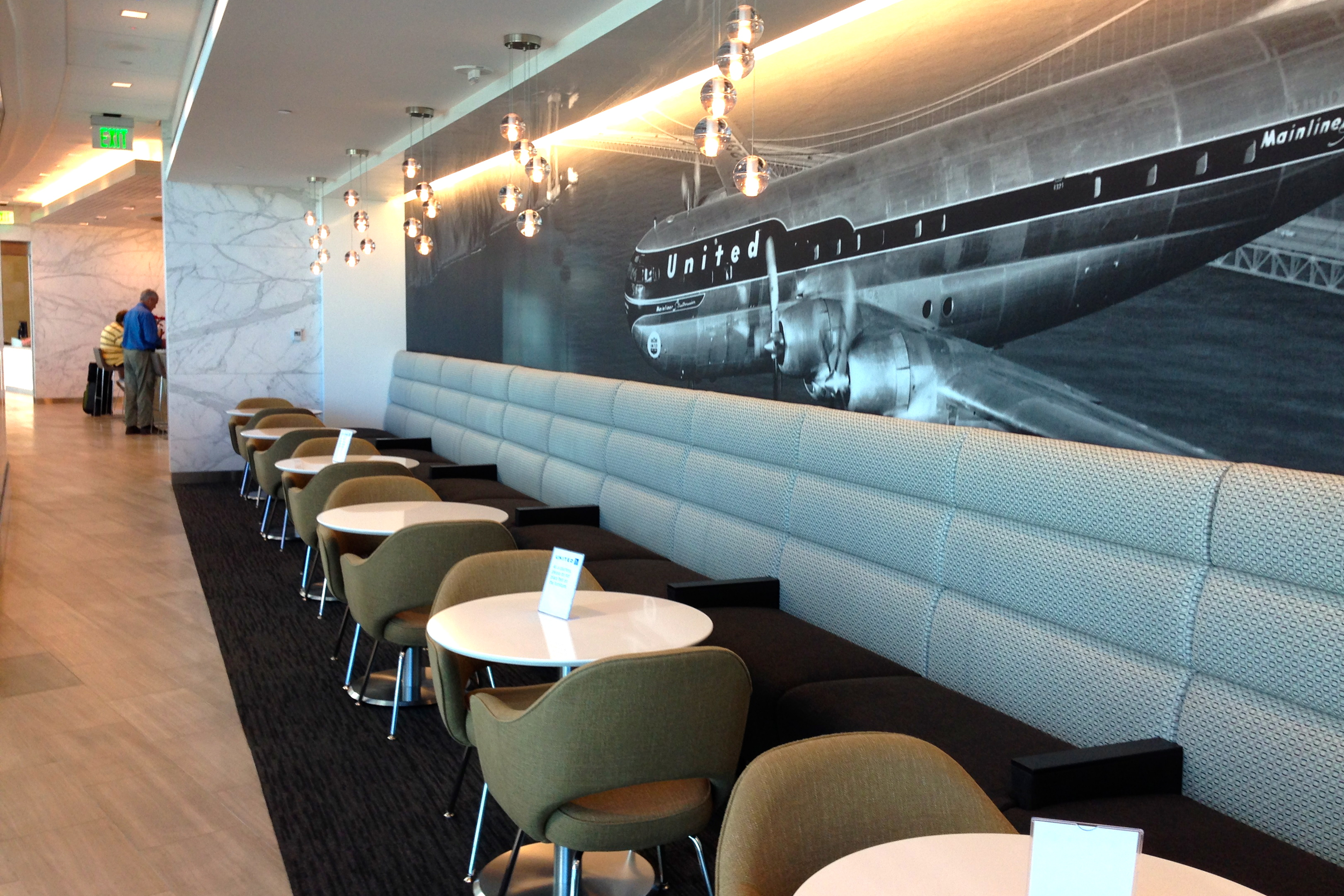 United Club San Diego Airport Lounge Cafe Seating