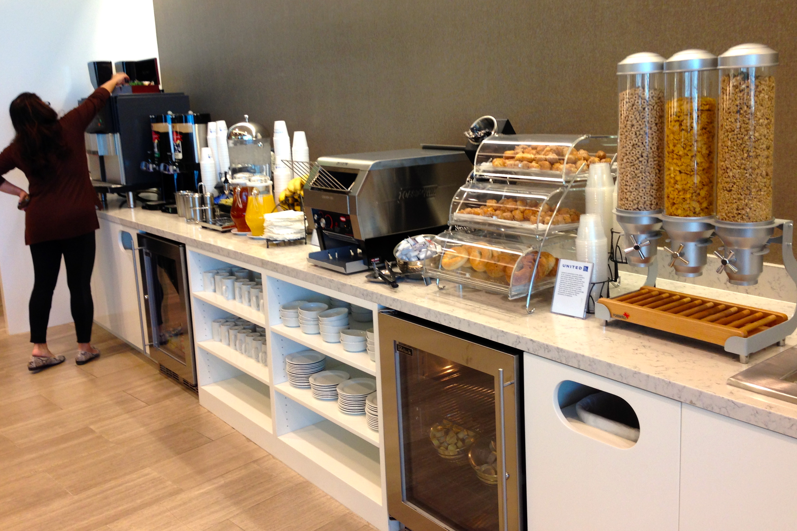 United Club San Diego Airport Lounge Food Options