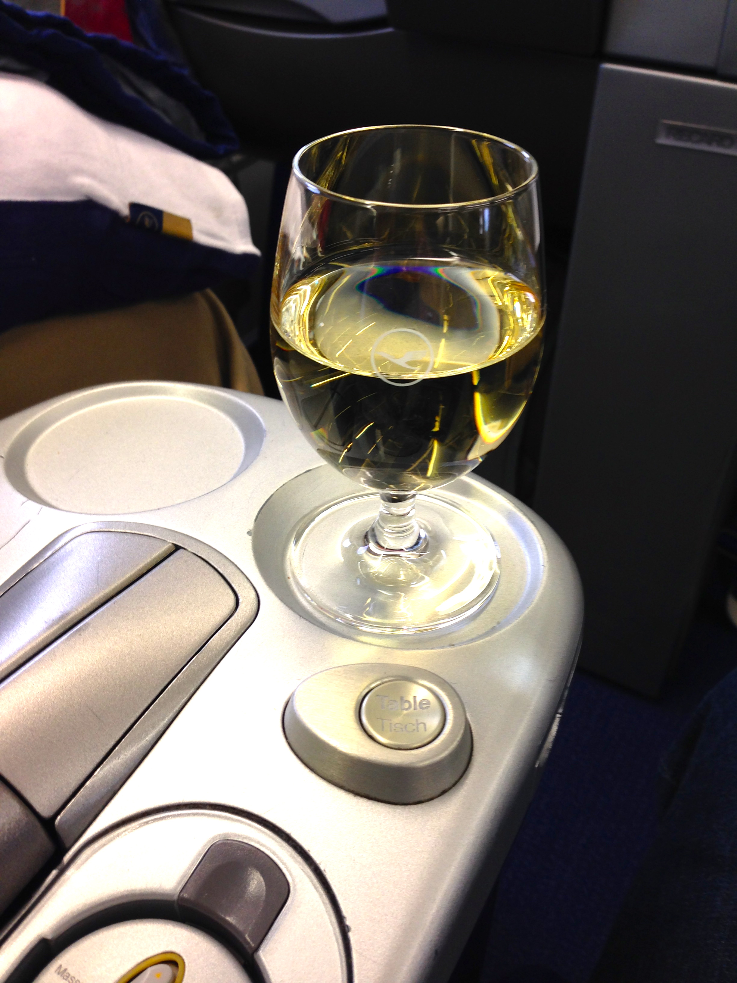 Lufthansa A340-300 Business Class Pre-Departure Beverage Munich to Chicago