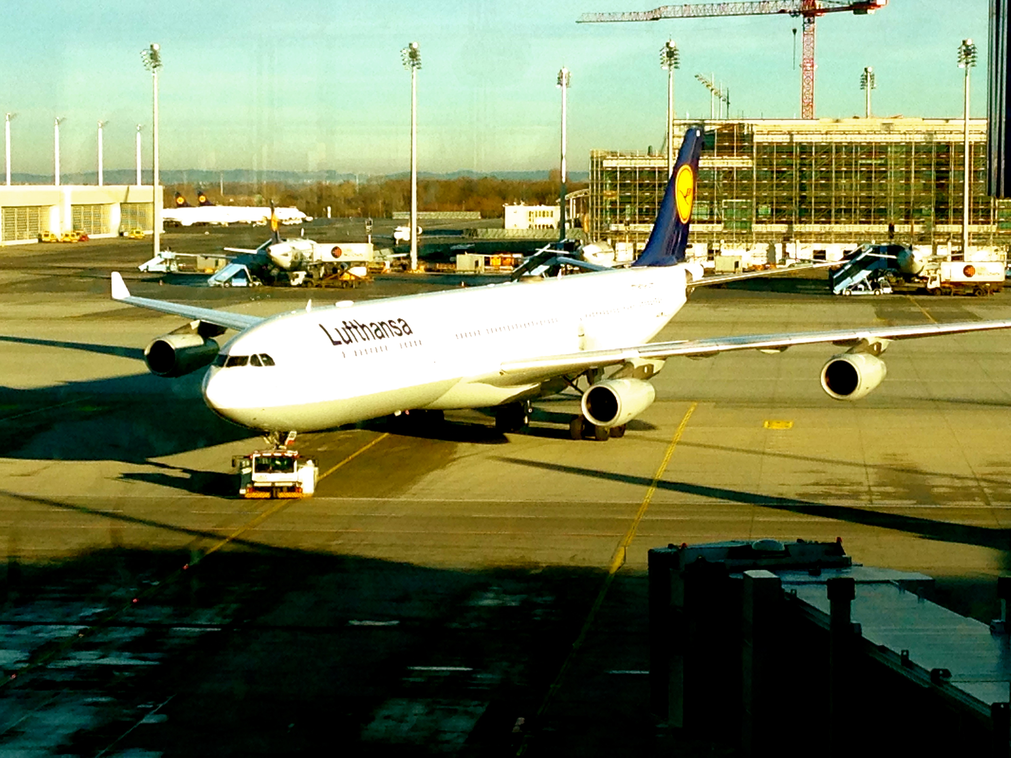 Lufthansa A340-300 Munich AIrport bound for Chicago