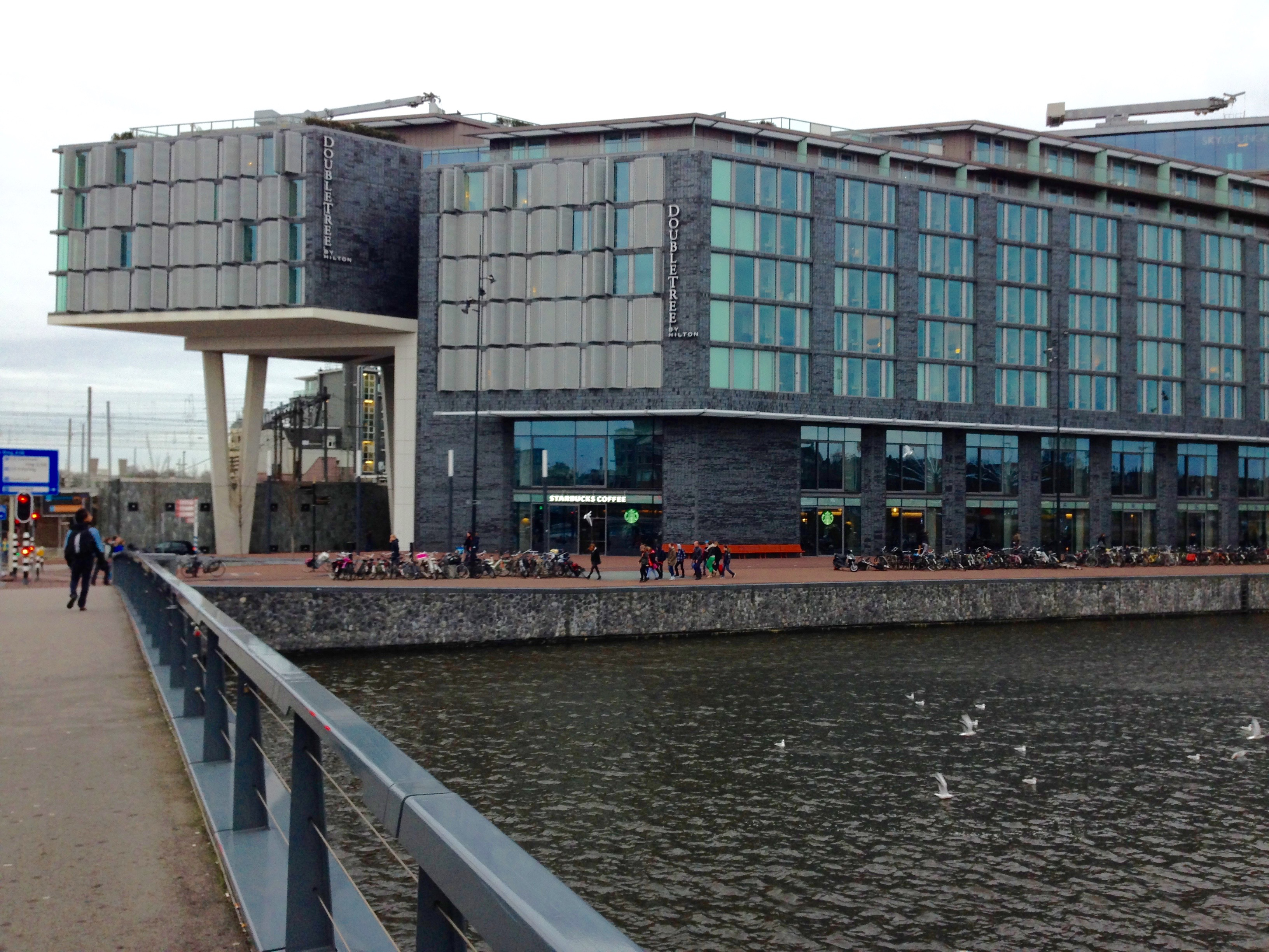 Doubletree by Hilton Amsterdam Centraal Station Exterior Hotel View