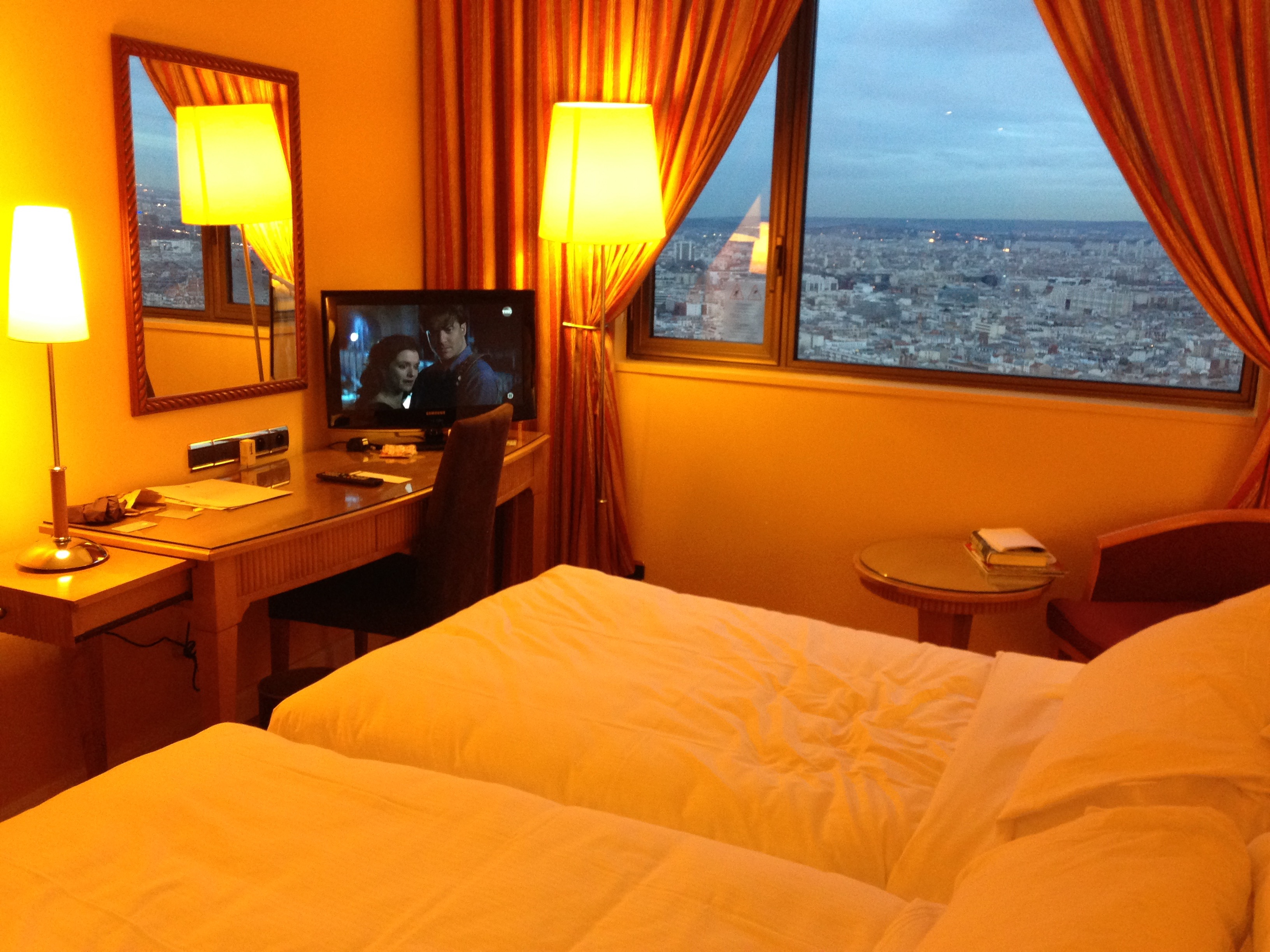 Hyatt Regency Paris Etoile Club Twin 2